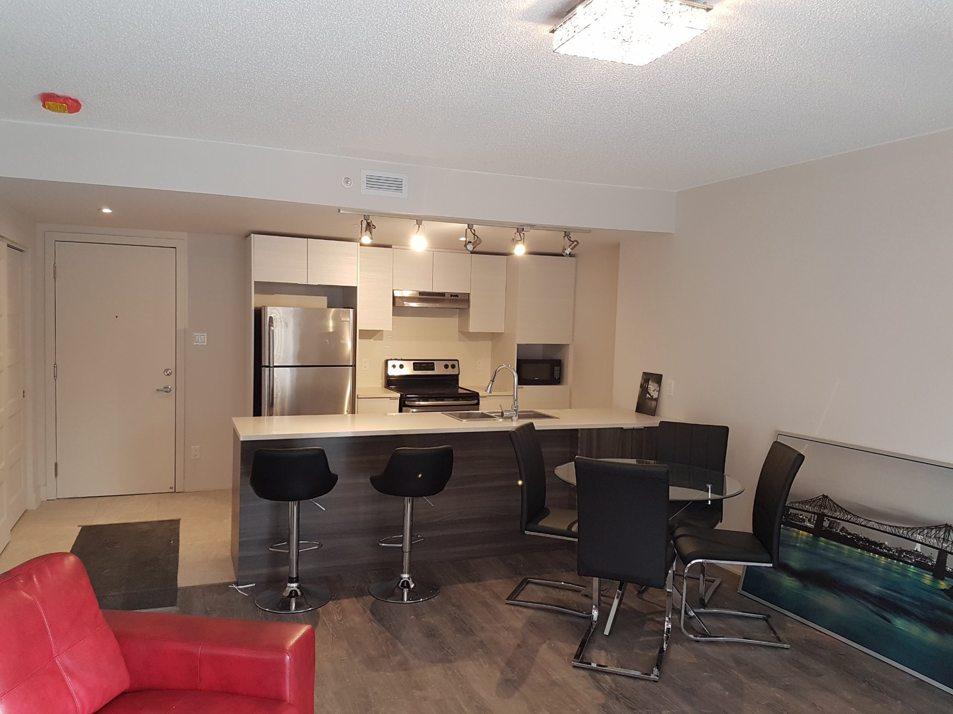 Condo for sale chomedey laval buy condo chomedey laval salon salle manger solutioingenieria Images
